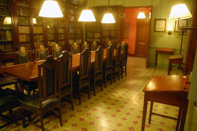 biblioteca02.jpg