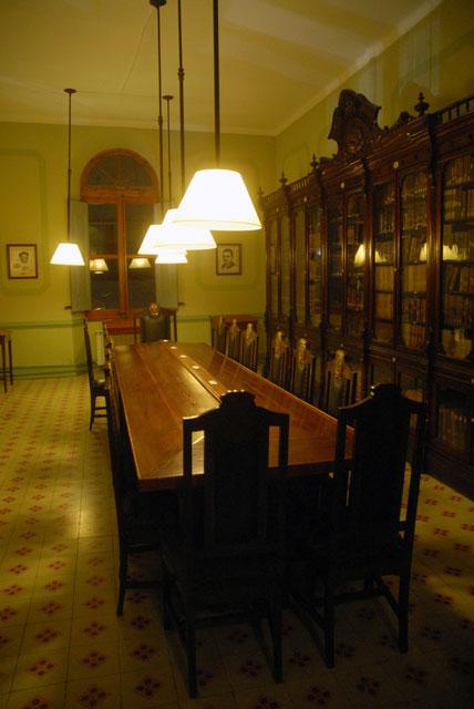 biblioteca03.jpg