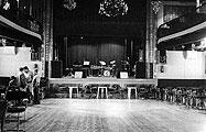 El saló-teatre del Fraternal